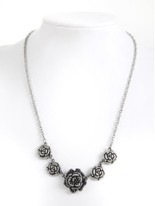 Bavarian necklace with rose flowers (K23)