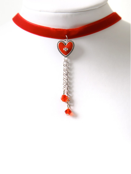Bavarian necklace with red heart pendant (K27)